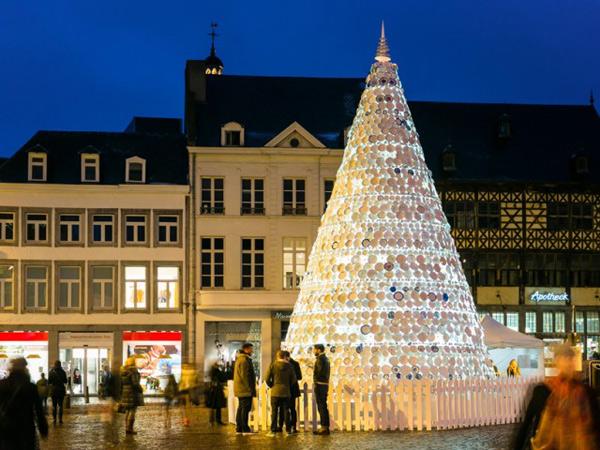 Taste Christmas Tree-