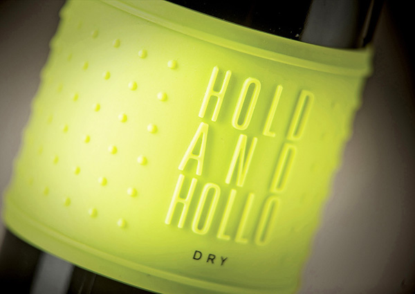 Hold And Hollo, 2012-