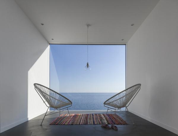 Casa Girasol de Cadaval & Solà-Morales
