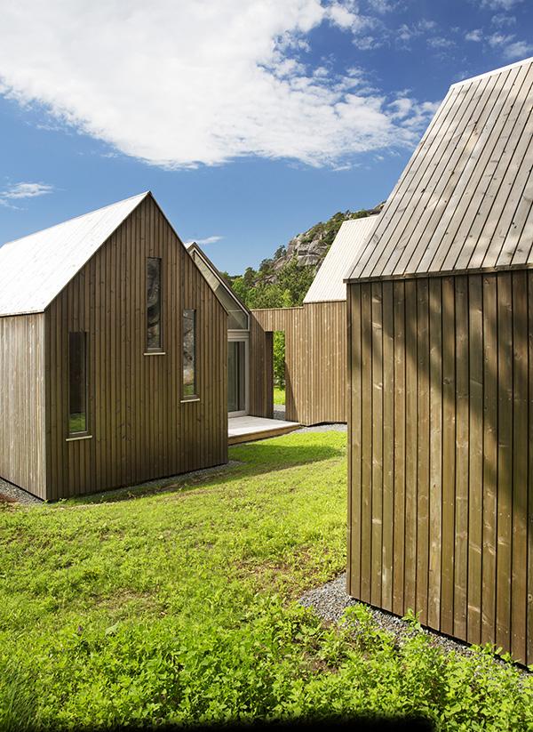 Micro Cluster Cabins, Reiulf Ramstad Arkitekter, 2014.