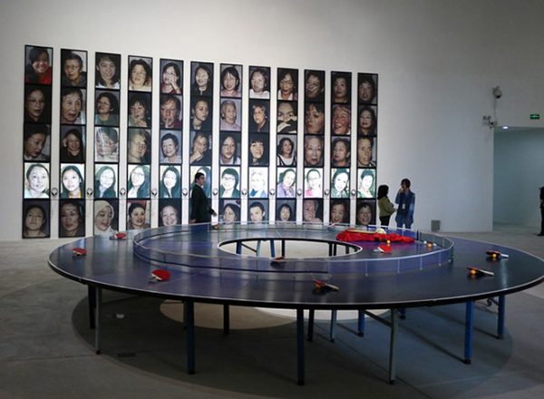 Ping-Pong Go Round, Lee Wen, Singapur, 1998-2015.