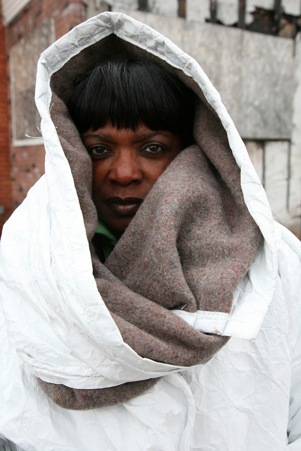 Abrigo y saco de dormir de Veronika Scott
