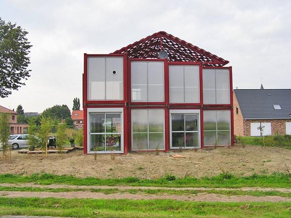 Ventanales, Maison Container Lille, Patrick Partouche, 2010.