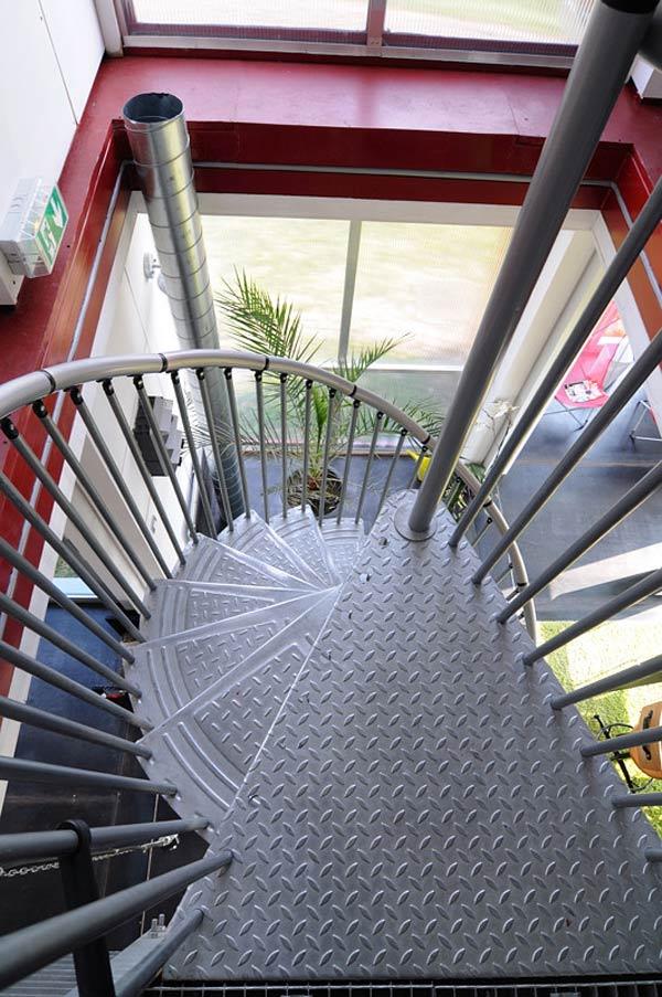 Escalera de caracol, Maison Container Lille, Patrick Partouche, 2010.