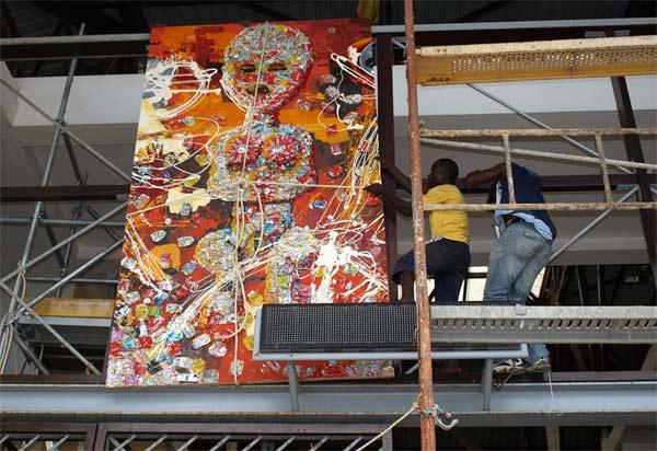 mural-collage Abaa-Mëlan por Francisco Abiamba Mangué