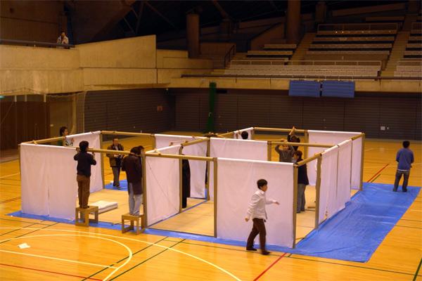 Paper Partition System, Fujisawa, Shigeru Ban Laboratory, 2006.