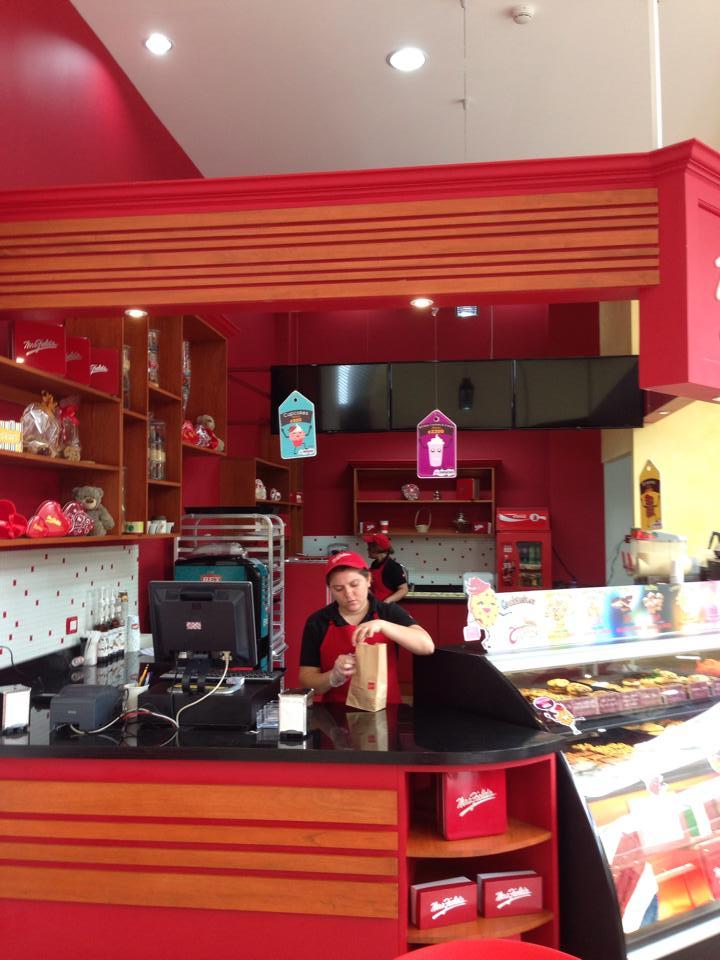 Dise ar una cafeter a experimenta - Decoracion cafeterias modernas ...
