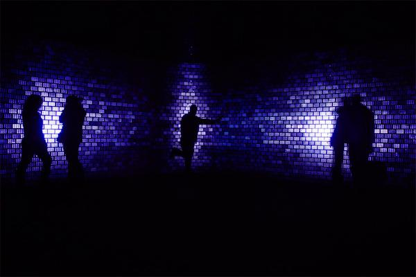 Pabellón Plinthos, experiencia multi-sensorial de Mab Architecture