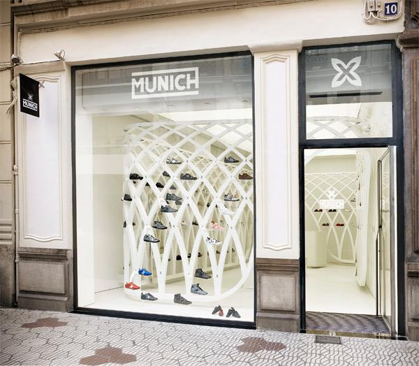 Estructura fractal de Dear Design para Munich en Valencia