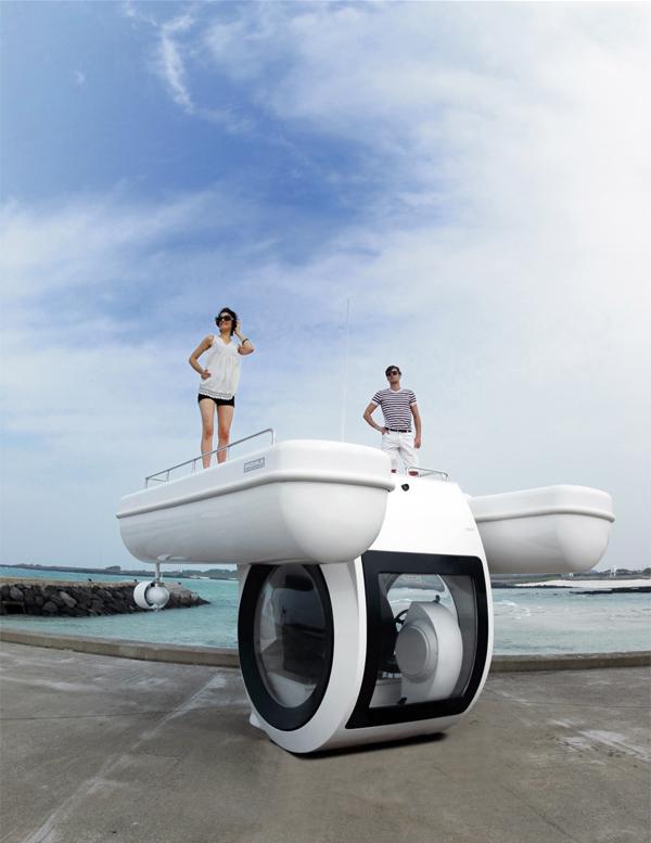Ego, el primer semi submarino eléctrico para todos los públicos