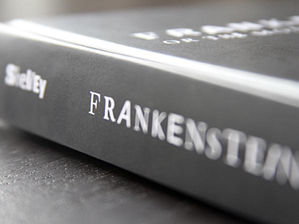 Proyecto Frankenfont, diseño editorial de  Fathon con 55.000 fuentes