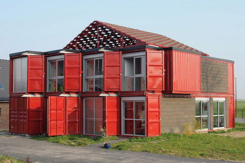 Vivienda de contenedores reciclados en Lille, por Patrick Partouche