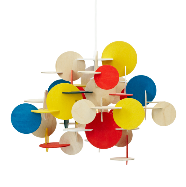 Fonnesberg Schmidt lleva la filosofía 'Do it yourself' a la lámpara Bau