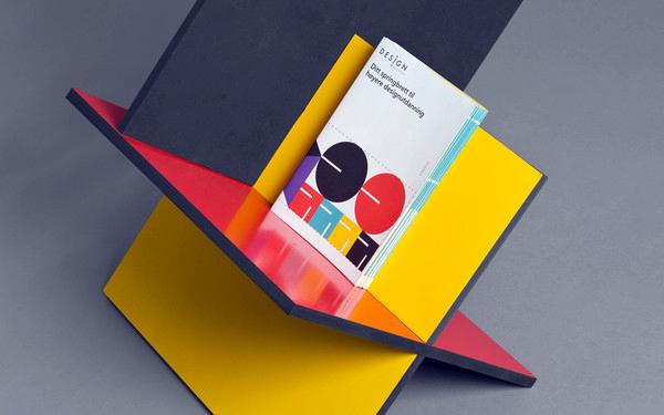 Designinstitutett 2012, folleto y expositor de feria por Heydays