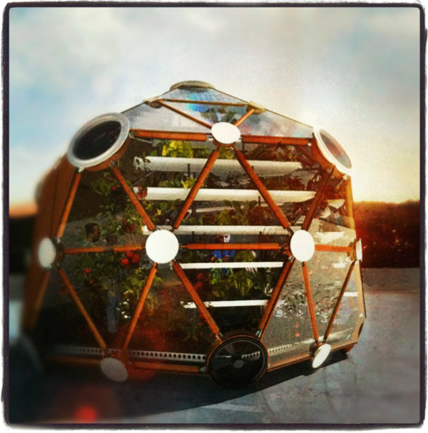 Invernadero sostenible Globe/Hedron, de Conceptual Devices