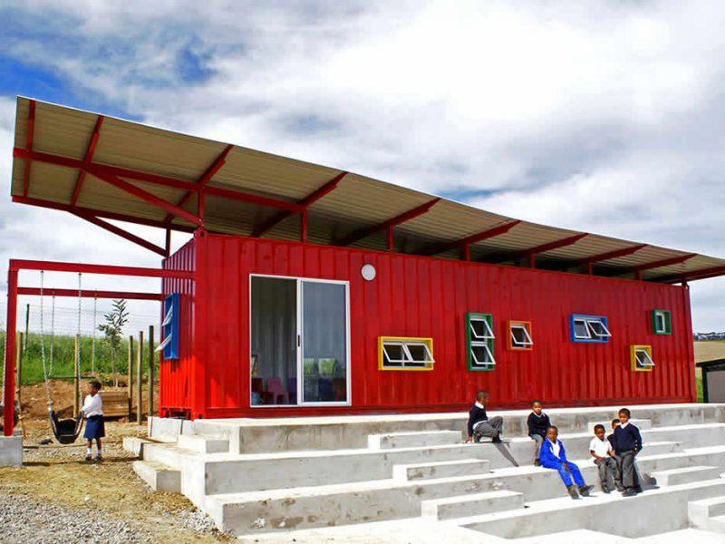 Vissershok, escuela contenedor de Tsai Design Studio en Sudáfrica