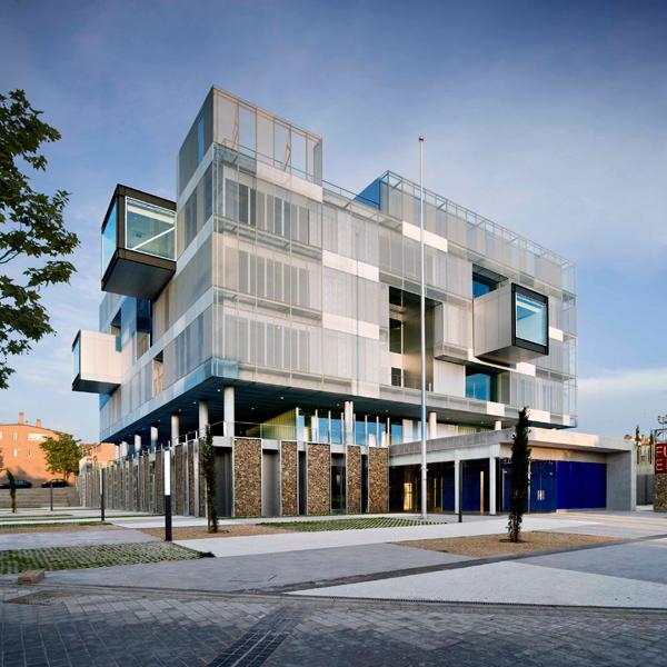 Comisaría de Policía en Fuencarral (Madrid), de Voluar Arquitectura