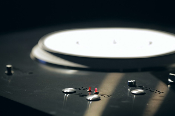 Dyskograf de Avoka, entre música y diseño gráfico