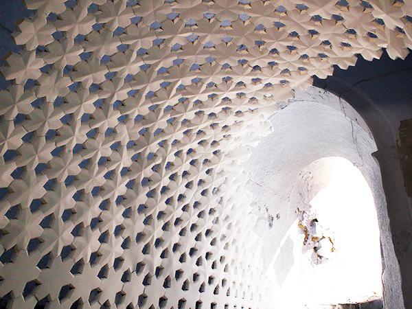 Daphne, instalación arquitectónica para la Bienal de Arte de Santorini