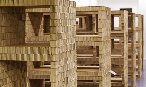 Muebles de cartón para la Biblioteca Civica Movimente, de A4Adesign