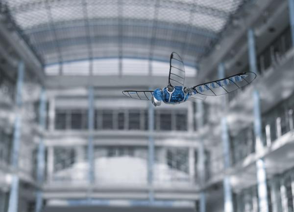 BionicOpter de Festo, robot biónico volador