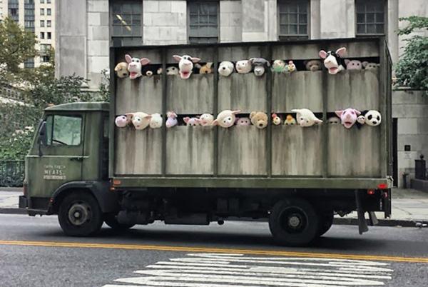 Bansky, las sirenas de los corderos
