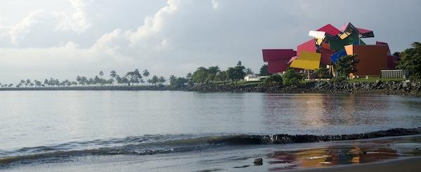 Biomuseo en Ciudad de Panamá, de Frank O. Ghery