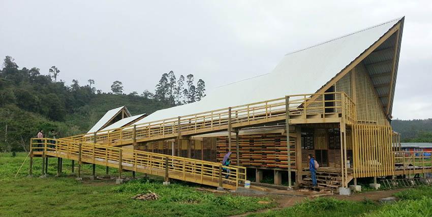 Arquitectura en proceso: Centro Indígena Kapaclajui