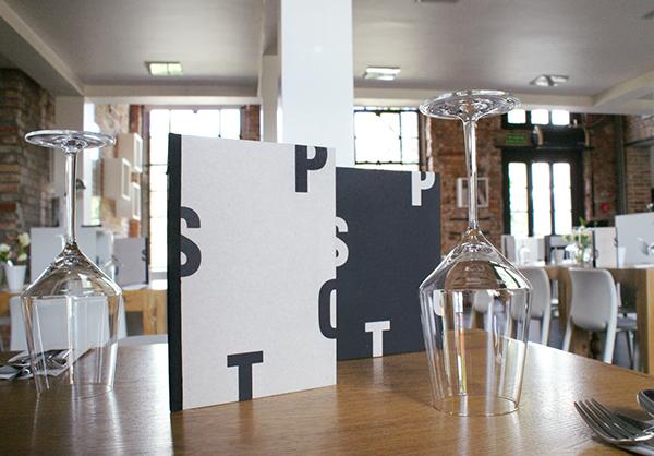 Aplicaciones gráficas del restaurante Spot, por Zupagrafika