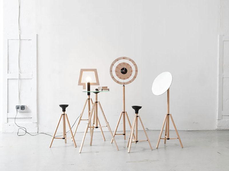 Tripod Furniture, una instalación plegable de Bartosz Mucha