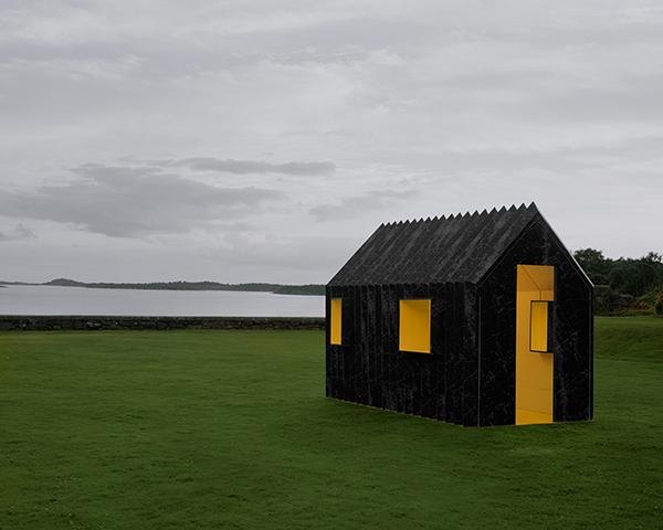 chameleon-cabin-lind-01.jpg