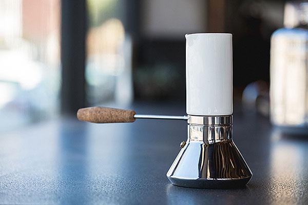 Moka Pot, la reformulación de la cafetera por Blue Bottle