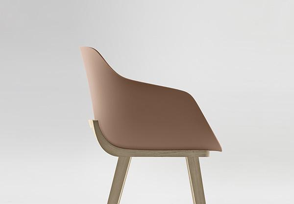 Kuskoa Bi, la silla de bioplástico de Alki