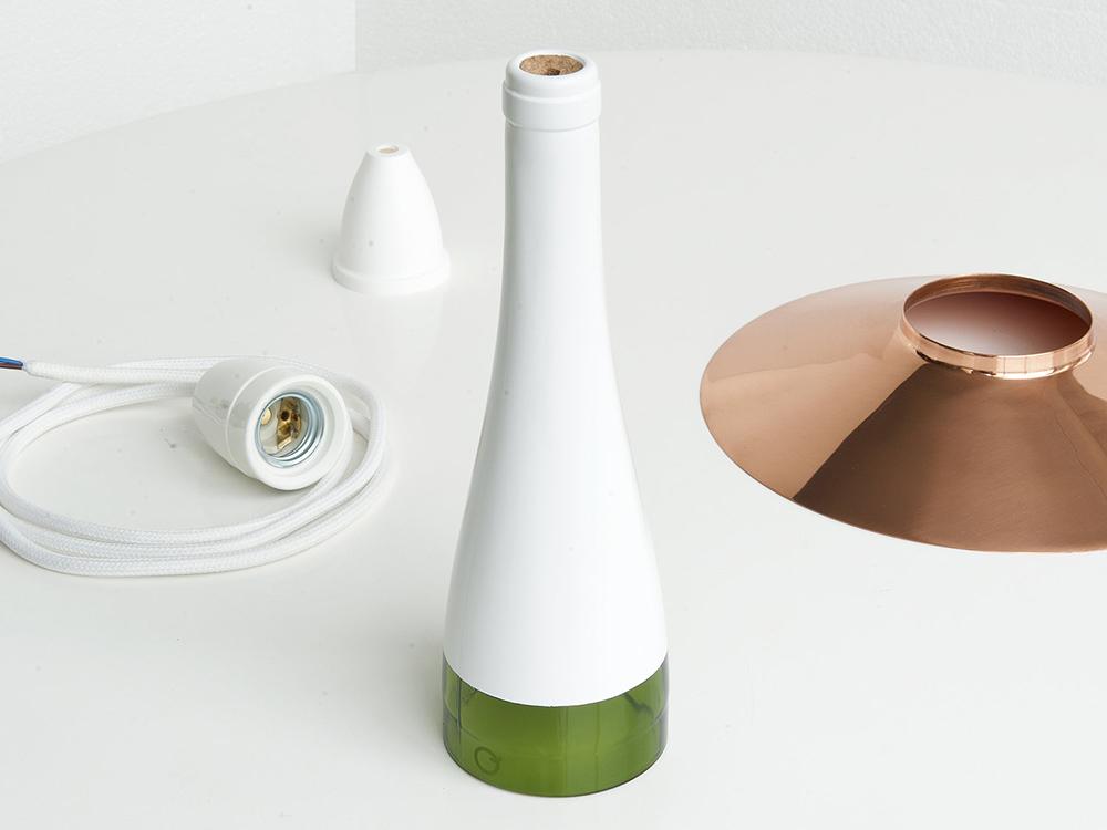 LaFlor, lámpara reciclada de Nutcreatives para Lucirmás