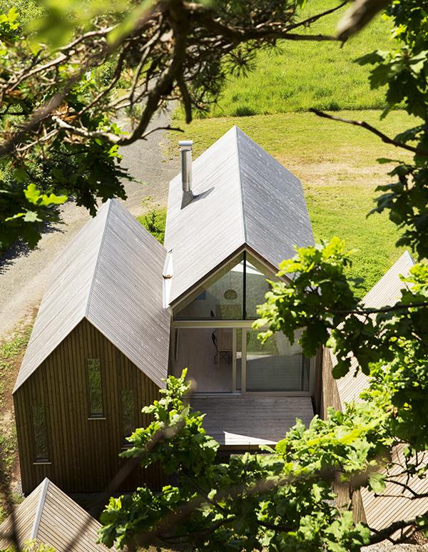 micro-cluster-cabins-reiulf-ramstad-arkitekter-10.jpg