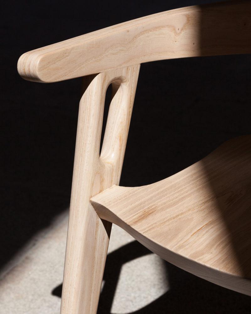 Silla Muros, por Domohomo. Un asiento diseñado para contemplar el paisaje