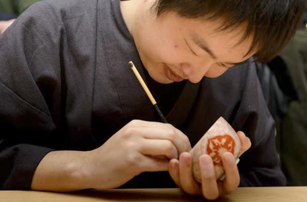 Talleres de cerámica organizados por Marre Moerel