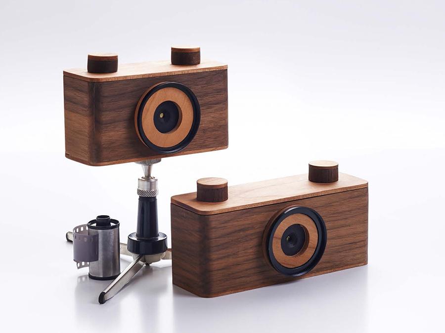 Nopo, cámaras estenopeicas de madera