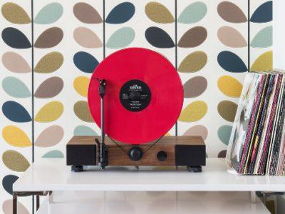 gramovox-la-start-up-que-reinterpreta-los-antiguos-equipos-de-sonido-experimenta-01.jpg