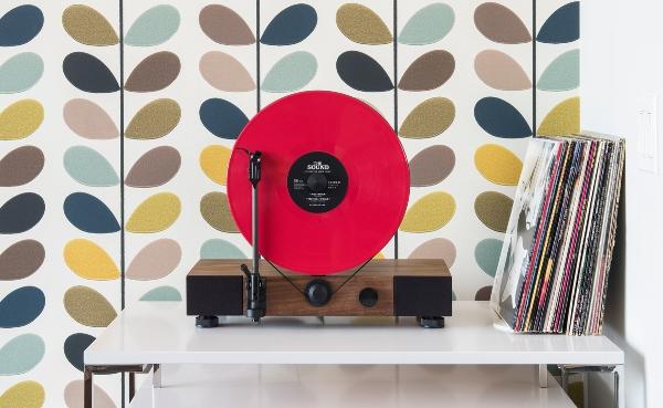 Gramovox, la start-up que reinterpreta los antiguos equipos de sonido