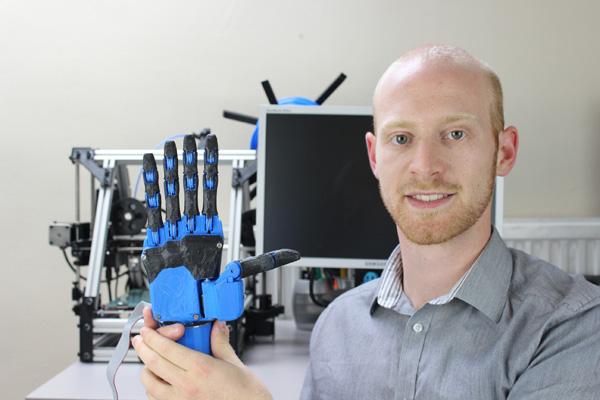 Dextrus, la prótesis robótica de código abierto