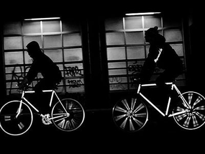 happarel-bicycles-lanza-una-linea-de-bicicletas-reflectantes-experimenta-01.jpg