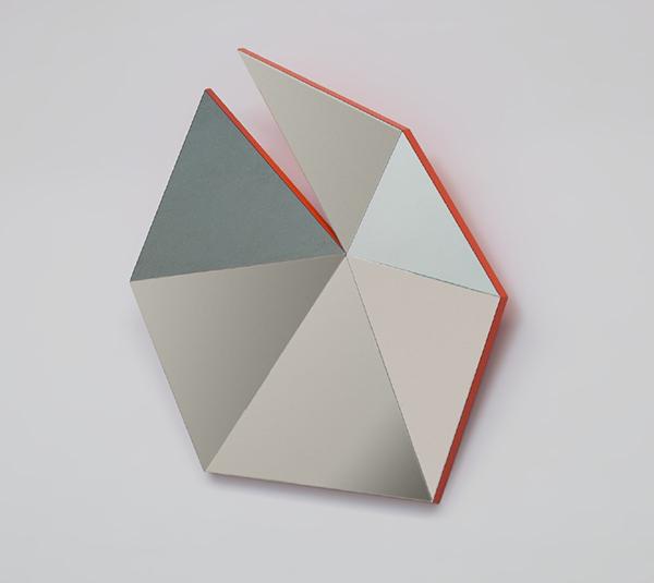 identity-check-espejos-geometricos-stonefox-1.jpg
