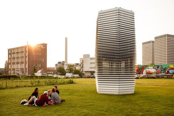 Smog Free Tower, aspirando la contaminación de las ciudades
