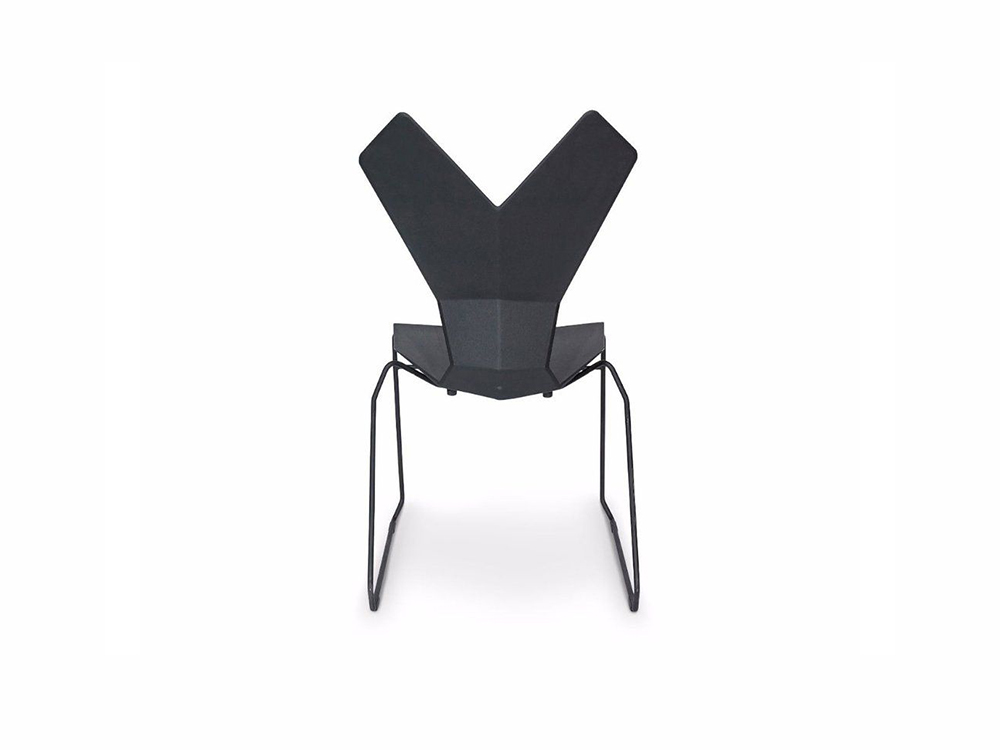 Y Chair Sled, la geométrica silla de Tom Dixon. Ergonómica, flexible y robusta