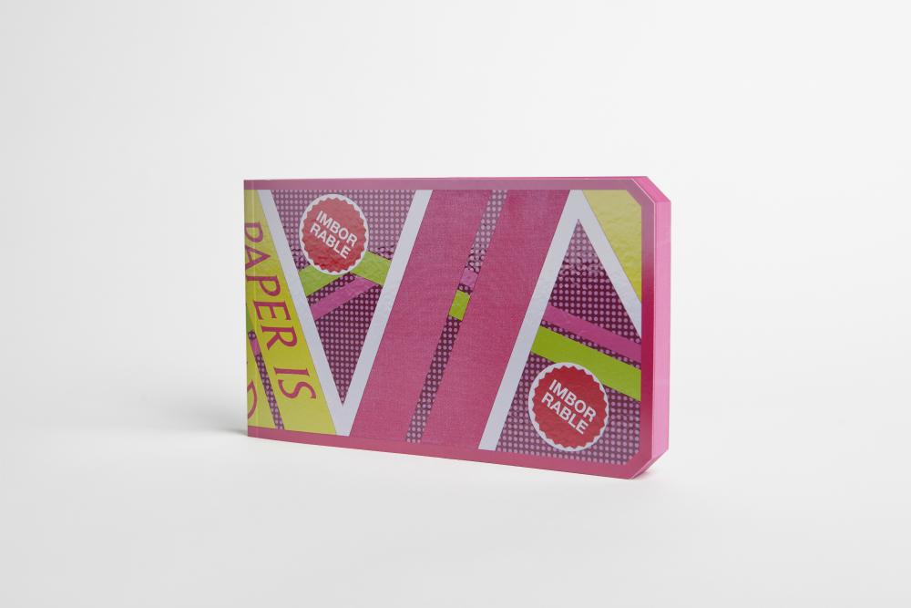 Hoverbook, diseño de Muokkaa para Imborrable, homenaje a Regreso al Futuro, 2015