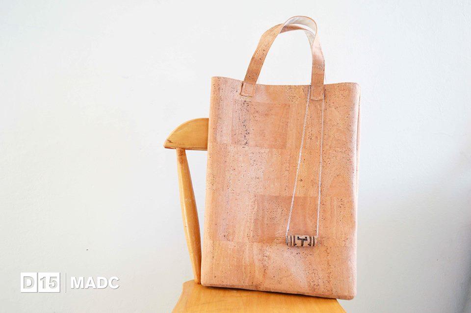 Yurika, bolsos en corcho. Foto cortesía del MADC.