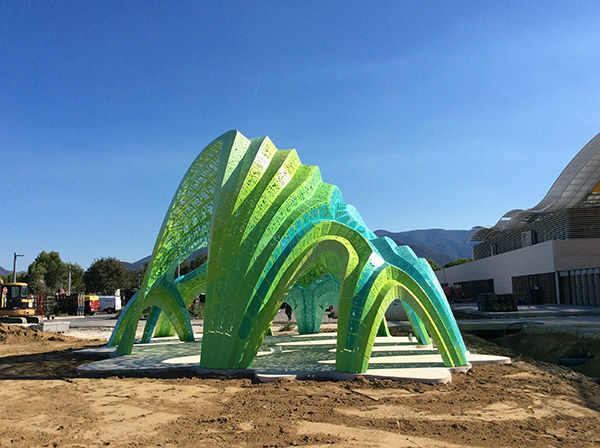 Pleated Inflation, de Marc Fornes / Theverymany