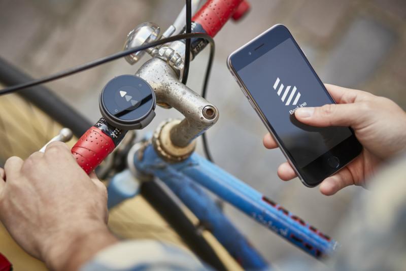 BeeLine, el dispositivo de navegación inteligente para bicicletas, 2015