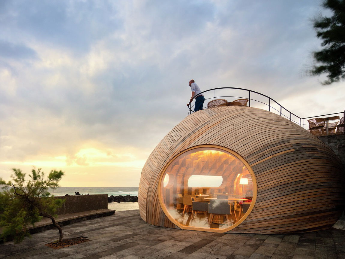 Cella Bar, por FCC Arquitectura y Paulo Lobo. Un diálogo entre lenguajes arquitectónicos